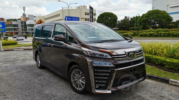 o.t.r price genuine mileage provide highest loan 3-years warranty 2018 toyota vellfire 2.5 z zg