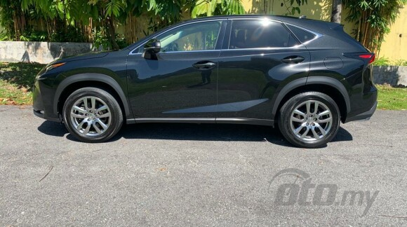 price including sst unregister lexus nx200t 2.0 luxury suv , red colour interior , 18 inch sport